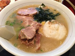 bãºn bã² huế, butajiru, food, dish, soup, cuisine,