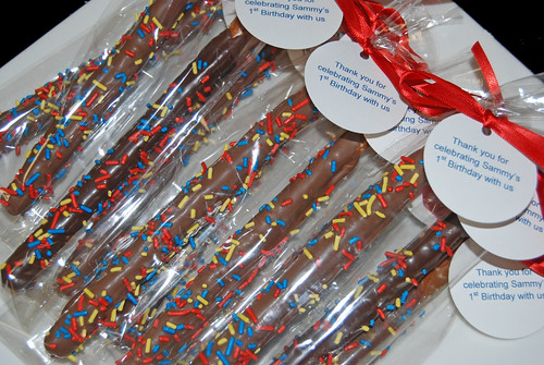 chocolate dipped pretzel 1st birthday favors