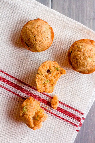 Cheddar Scallion Corn Muffins