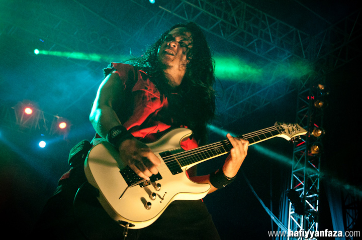 "Burgerkill Live at Bandung Berisik 2013 ""Versus The World"" Photo by Achmad Hafiyyan Faza"