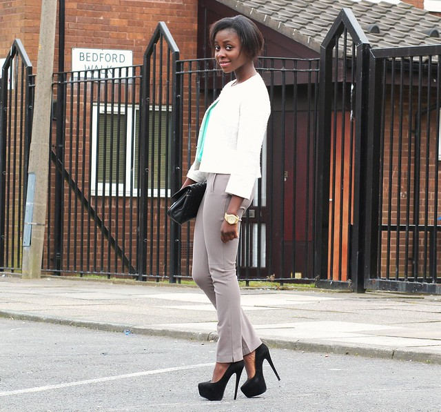 Pastels & Neutrals : White tweed blazer/jacket, grey pants/trousers & Mint blouse/top: