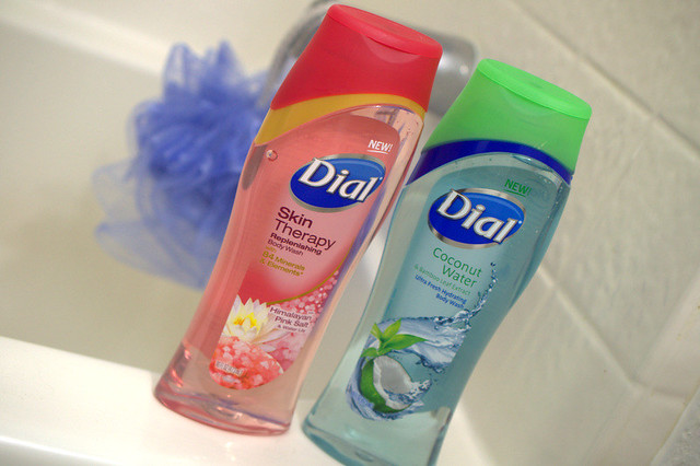 Dial's Skin Therapy Body Washes - They Smell Gooood!