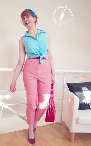 marchewkowa, szyciowy blog roku 2012, szycie, krawiectwo, moda, fashion, retro, vintage, wykroje, Burda 6/2011, spodnie #123, capri pants, pedal pushers, 50s, bawełniany trykot, pepitka
