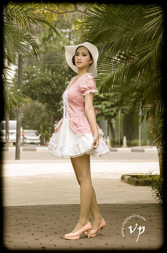 Nabila Vintage2