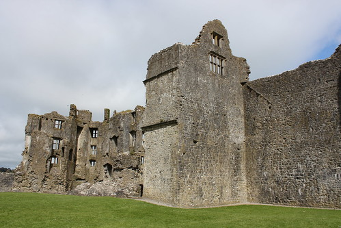 ireland castle architecture town medieval roscommon