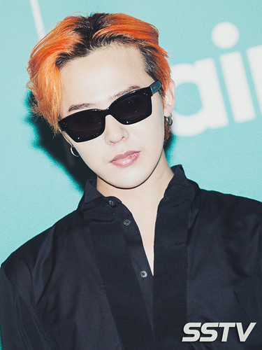 G-Dragon - Airbnb x G-Dragon - 20aug2015 - SSTV - 10