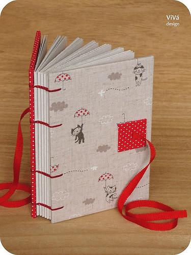 Sketchbook Gatinhos com Sombrinhas