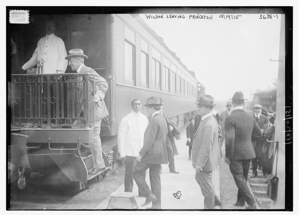 Wilson leaving Princeton, 10/19/15  (LOC)