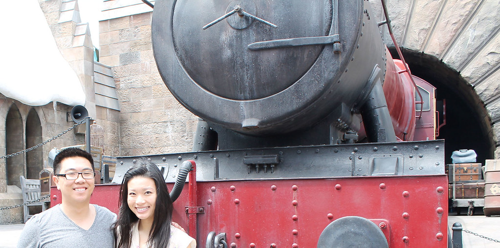 A&H in front of hogwarts express