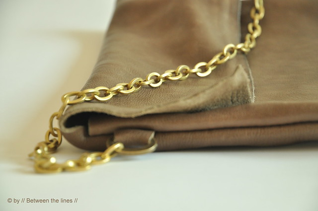Chain and leather purse