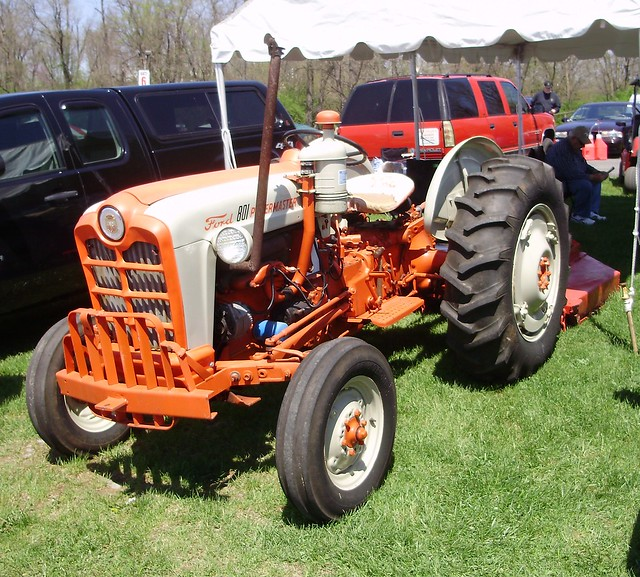 Ford 901 Powermaster Tractor : Ford powermaster tractor data