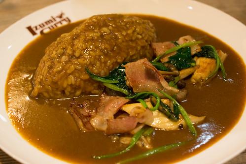 菠菜鮮菇煙肉咖喱飯