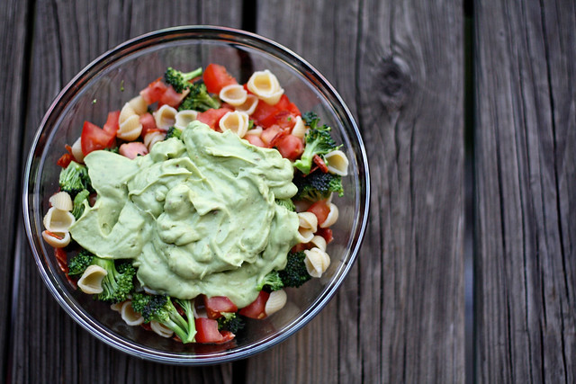avocado pasta salad 1
