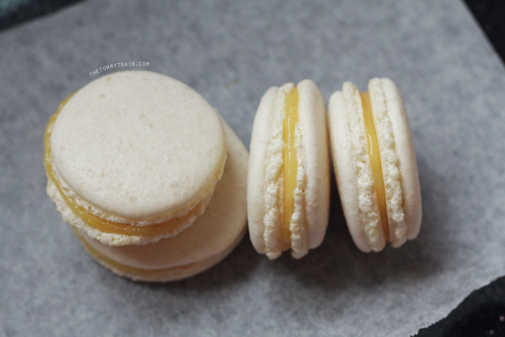 8694583564 99b61927e5 b - A semblance of Lemon Macarons + I need a new oven