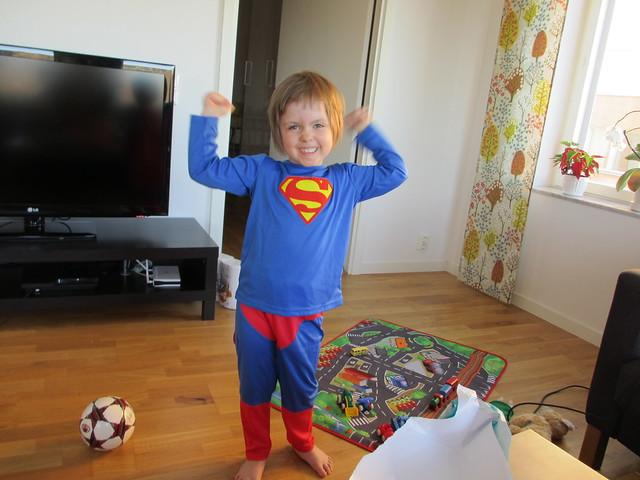 Super-Ava! Utklädningskläder i paket 2