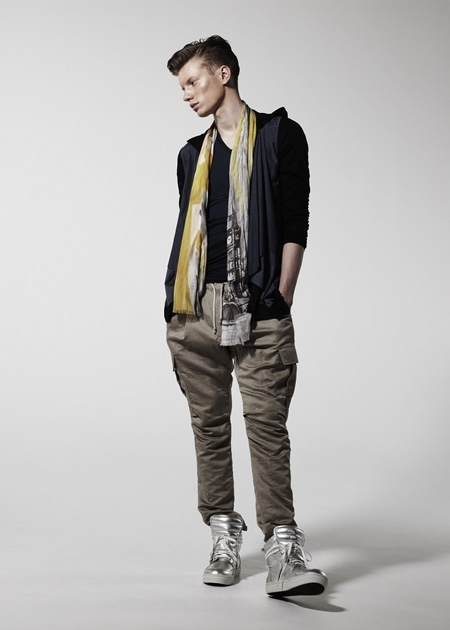 Ollie Mann0031_The TWELVE SS13