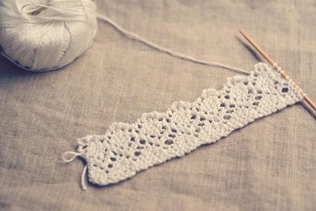 dentelle blanche tricot
