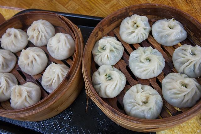 Beef momos and vegetable moms, Tibetan Mobile / Lhasa Fast Food