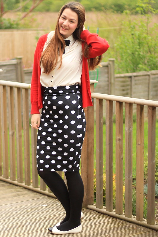 OOTD, outfit of the day, red cardigan, bow tie blouse, polka dot pencil skirt, tights, flats