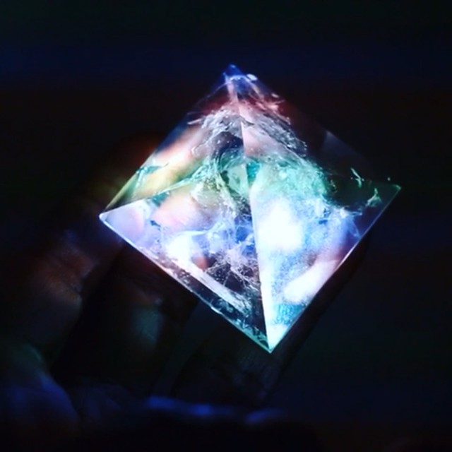 QUARTZ PYRAMID - WILLPOWER STUDIOS