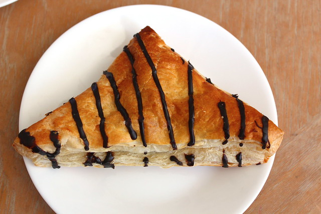 Chocolate Mini Pie Crossiant