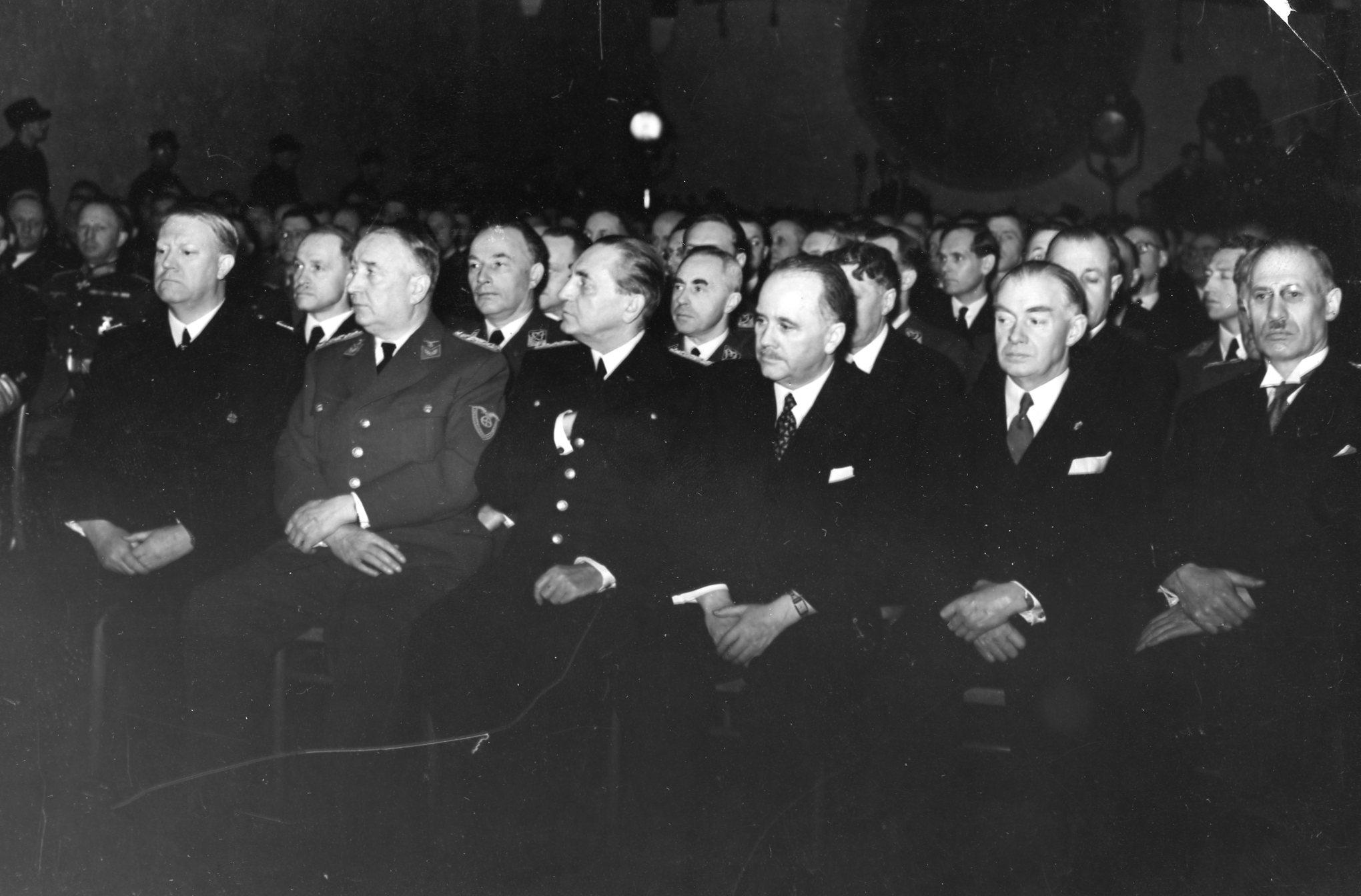 Statsakten. 1942/02/01.