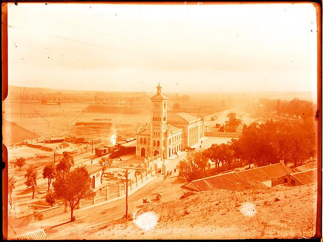 Estación de Ferrocarril.  Fotografía de Pedro Román © Fondo Rodríguez. Archivo Histórico Provincial. JCCM. Signatura R-140-3-07