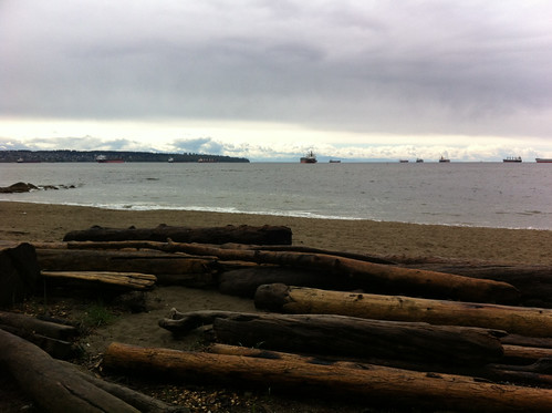 Third Beach in Vancouver (Stanley Park) on a grey Sunday afternoon
