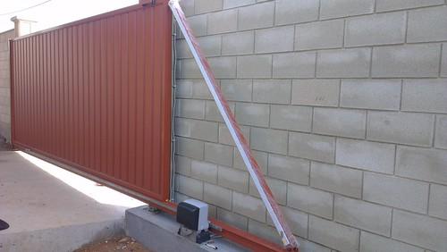 ворота алюминиевые зашитые профлистом севастополь
