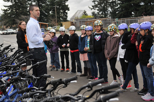 Joey Harrington school bike safety event-8
