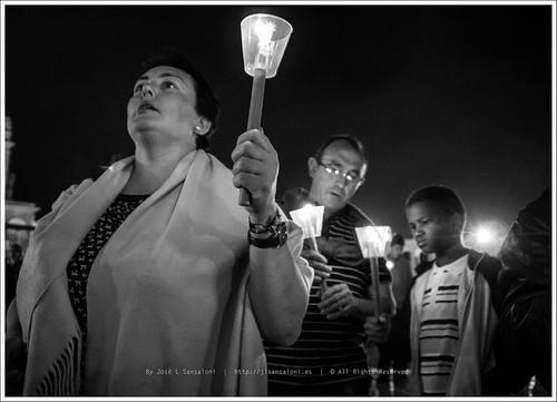 Noche de Velas y procesion en Fatima by Sansa - Factor Humano