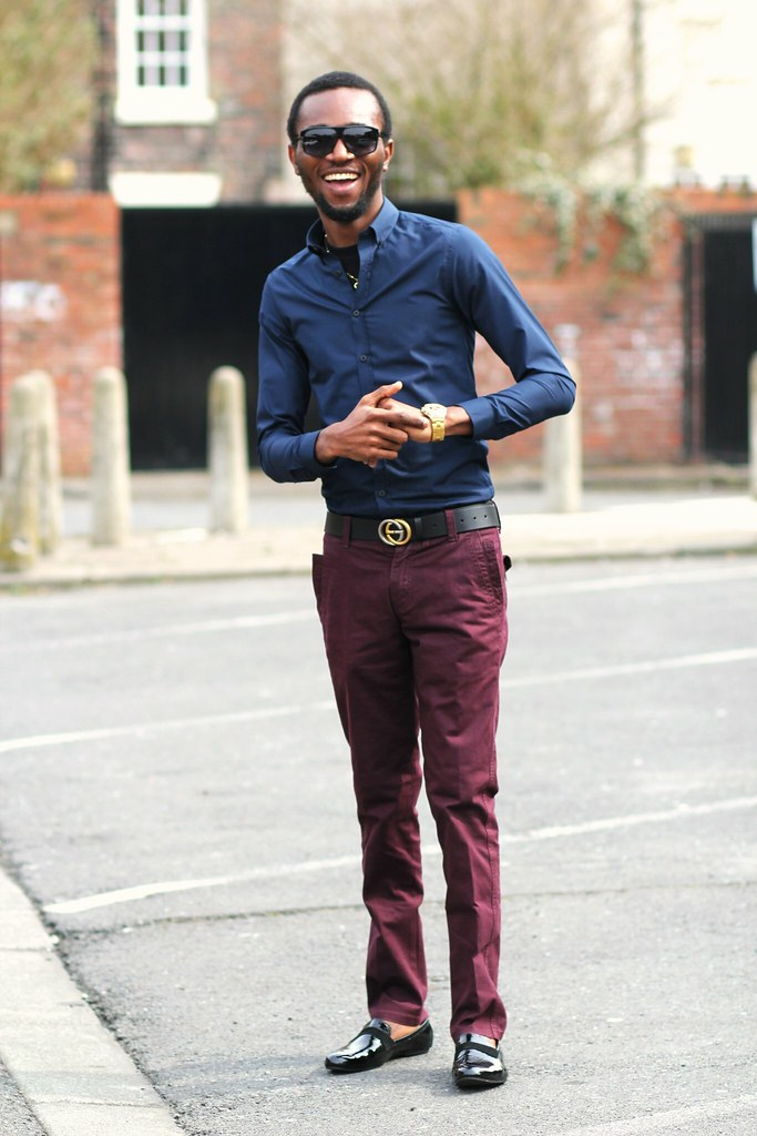 What shoes to wear with black sweater and jeans long for What goes with burgundy shirt