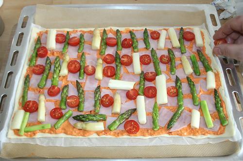30 - Tomaten auflegen / Add tomatoes