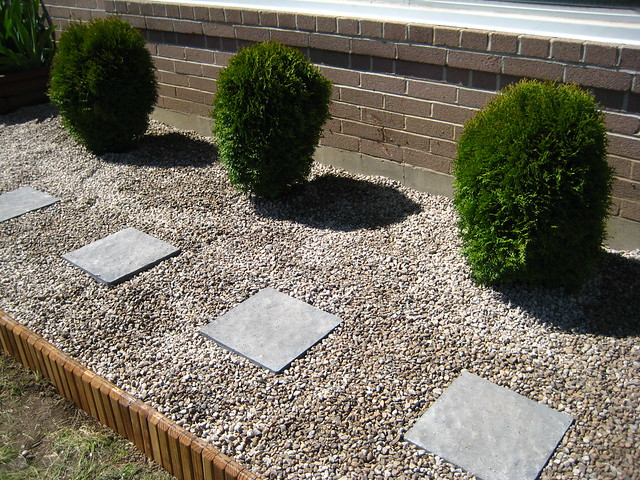 Gravel Walkway In Front Yard Flickr Photo Sharing