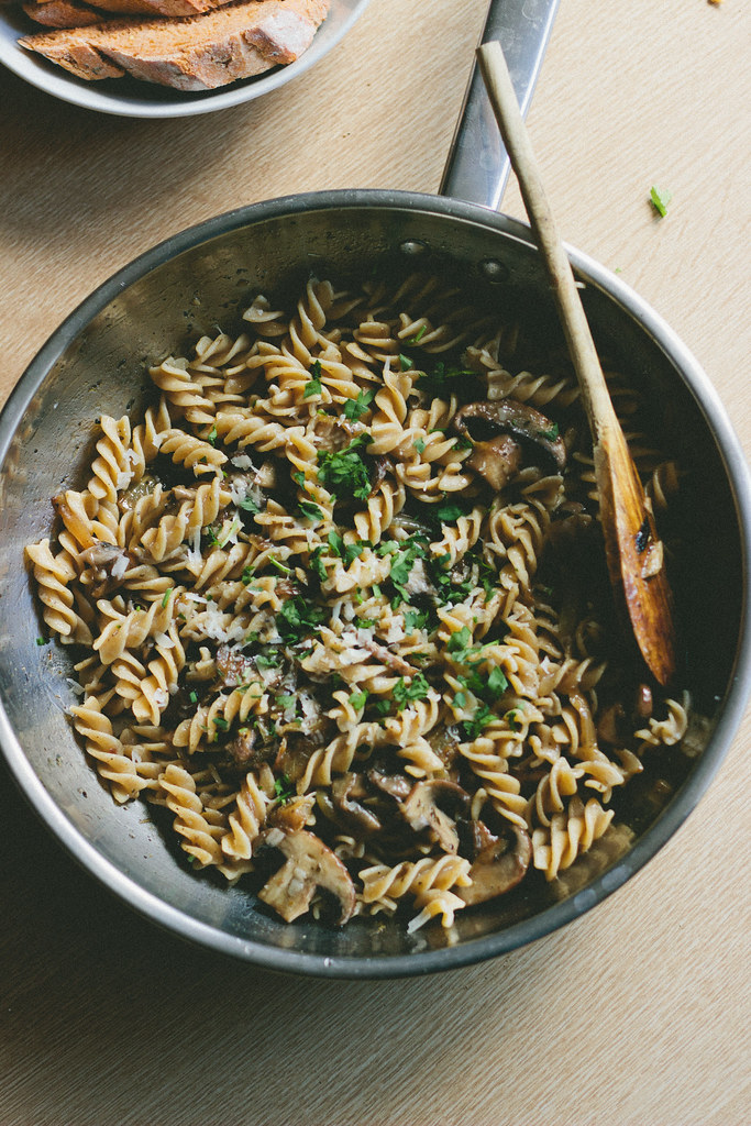 fusilli, caramelized onions and mushrooms, mushroom pasta, caramelized onions pasta, browned butter, browned butter recipe, pasta recipe