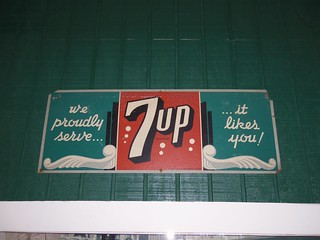 Vintage 7Up Advertisement #1