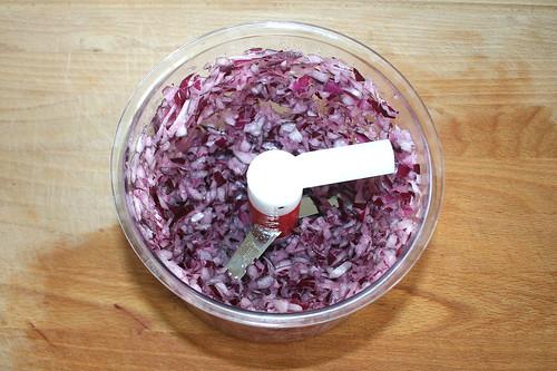 17 - Zwiebel zerkleinern / Mince onion