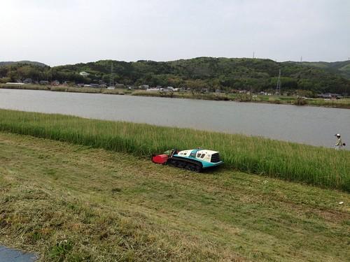 リモコンの草刈車