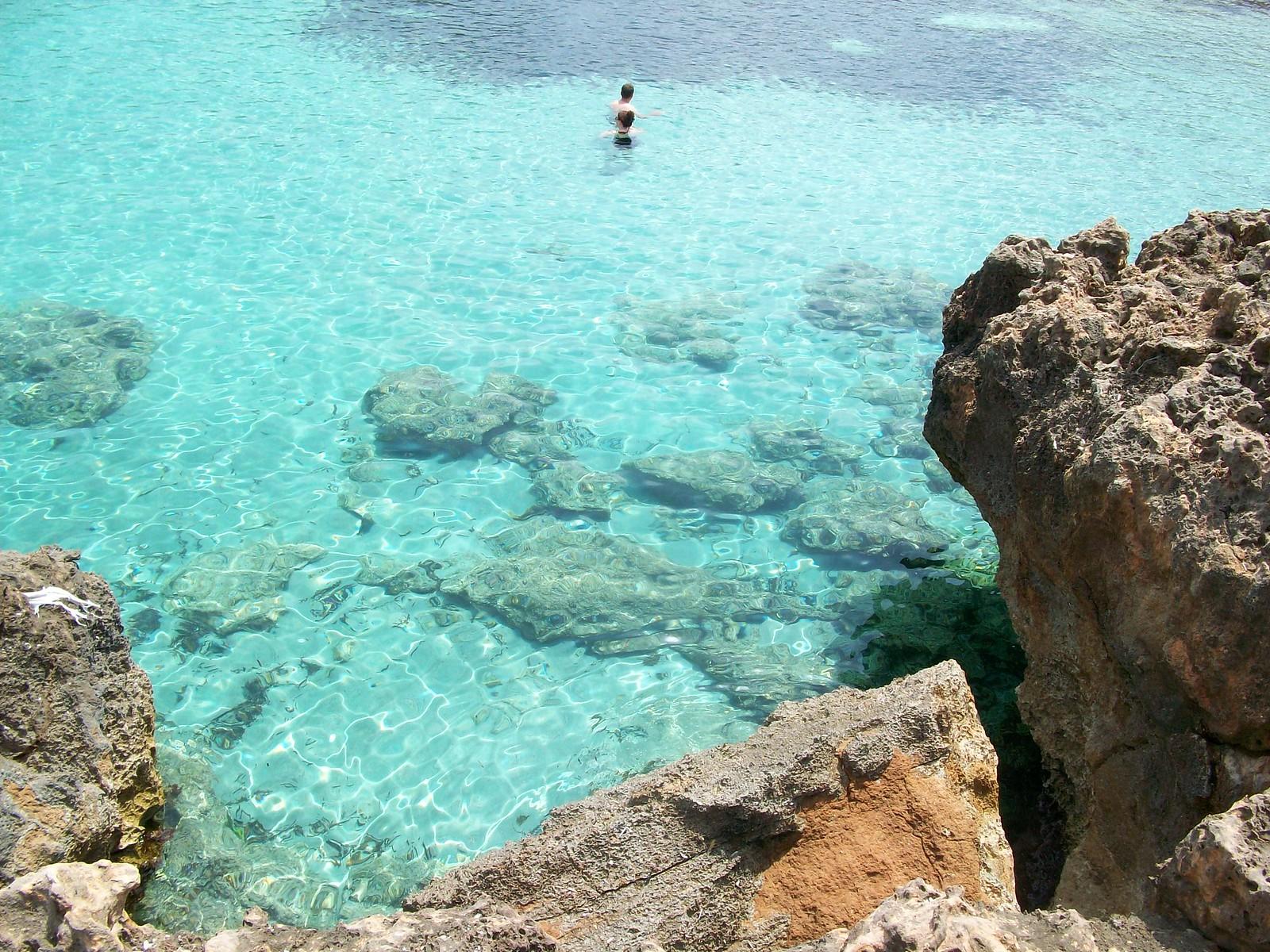 12 espectaculares calas que parecen piscinas naturales de - Piscinas en mallorca ...
