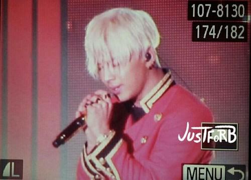Taeyang-MelOnAwards2014_1-22