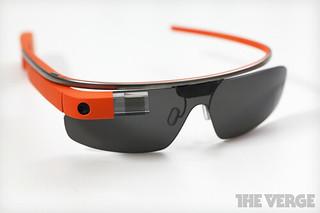 谷歌眼镜规格公布 16GB+500万像素+WiFi