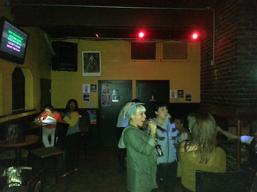 "Salt 'N' Pepa's ""Push It"" karaoke for White Horse Inn birthday girl"