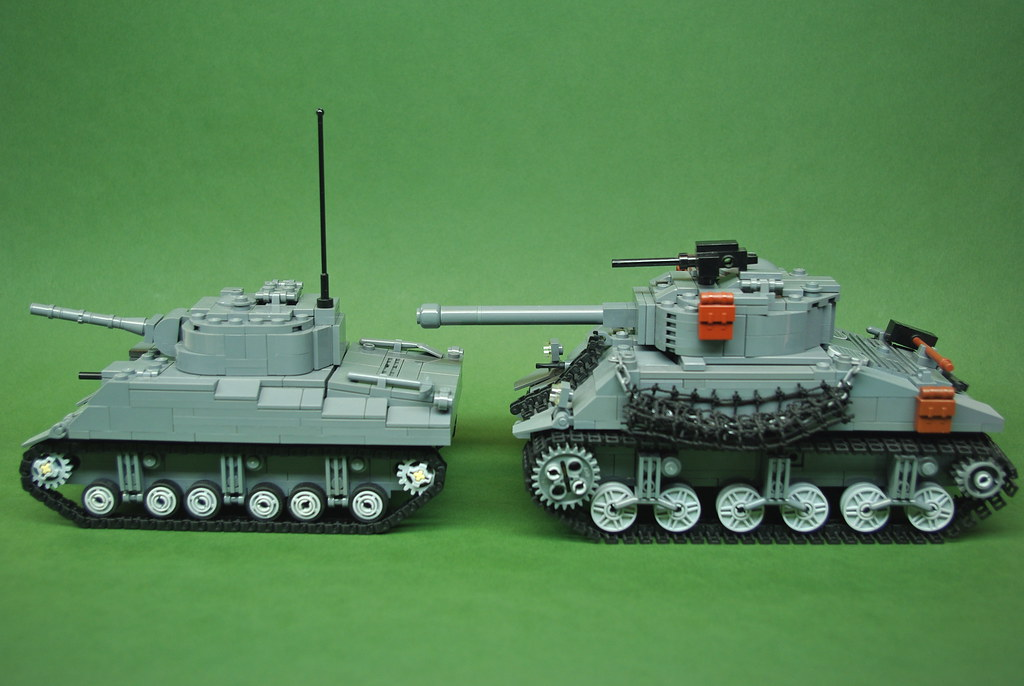 M4 Sherman comparison - Dunechaser vs  Brickmania (2)   Flickr