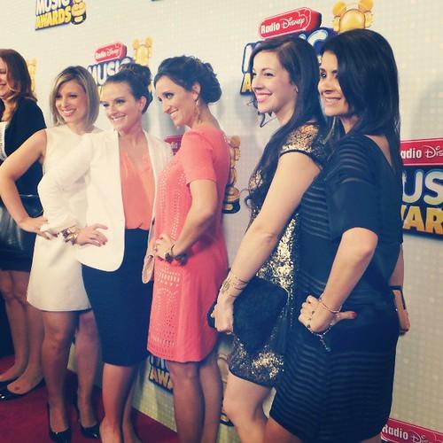 Red carpet at the Radio Disney Music Awards!  #MinnieStyle #MinnieMessengers
