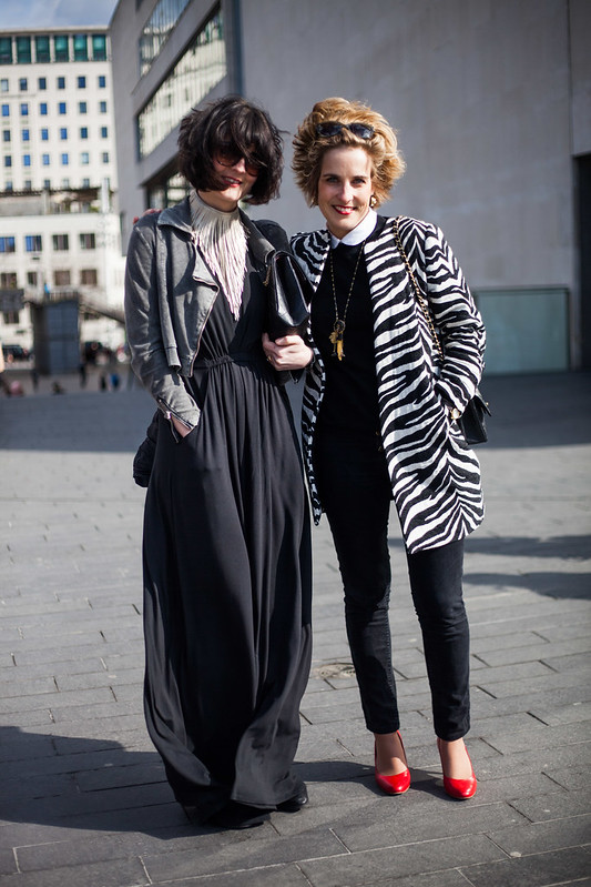 Street Style - Fee & Christine, Vogue Festival