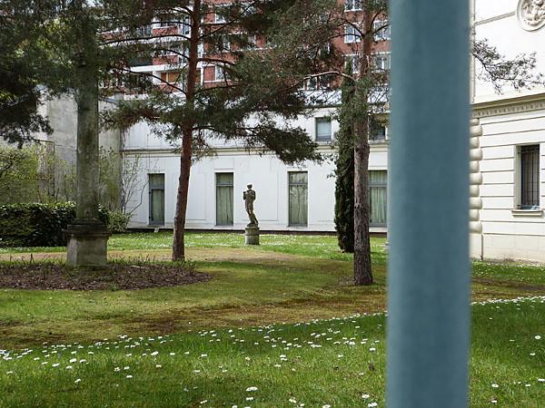 bibliothèque Marmattan.jpg