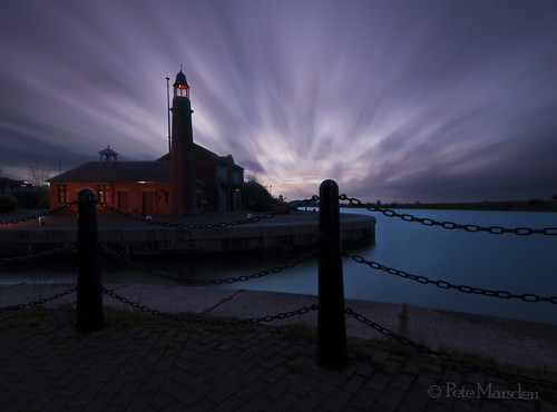 longexposure lighthouse canal dusk ellesmereport