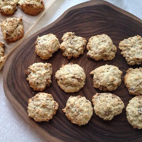 Oatmeal Raisin Cookies. Apr.29.13