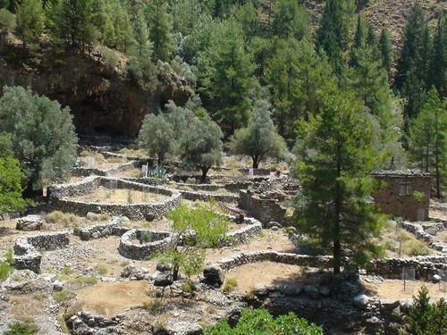 Το έρημο σήμερα χωριό της Σαμαριάς