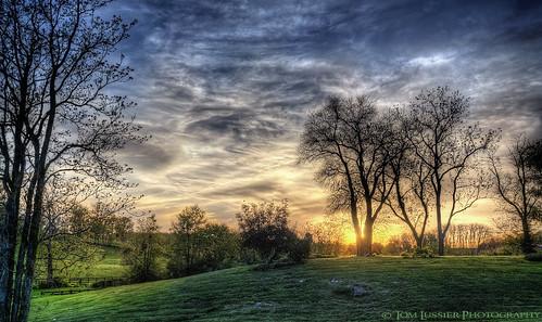 sunset usa tree clouds fence landscape virginia nikon shenandoah pastoral longbranch d300 tomlussier